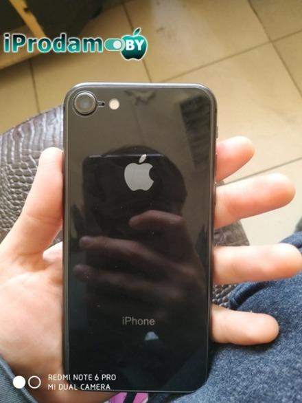 продам iphone 8 64GB space gray